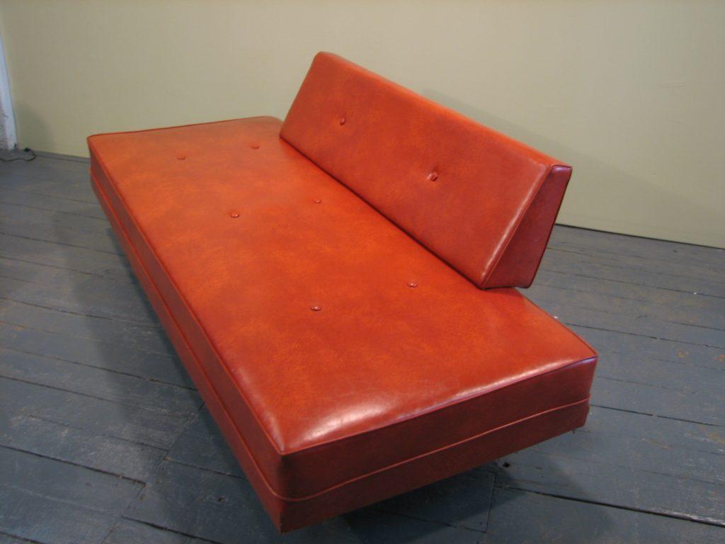 mid century modern sofa daybed gre stuffgre stuff. Black Bedroom Furniture Sets. Home Design Ideas